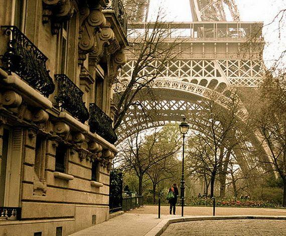 A Family-Friendly City Break  in  Paris Eiffel Tower  _43