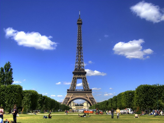 A Family-Friendly City Break  in  Paris Eiffel Tower  _47