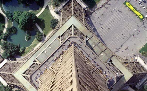 A Family-Friendly City Break  in  Paris Eiffel Tower  _48