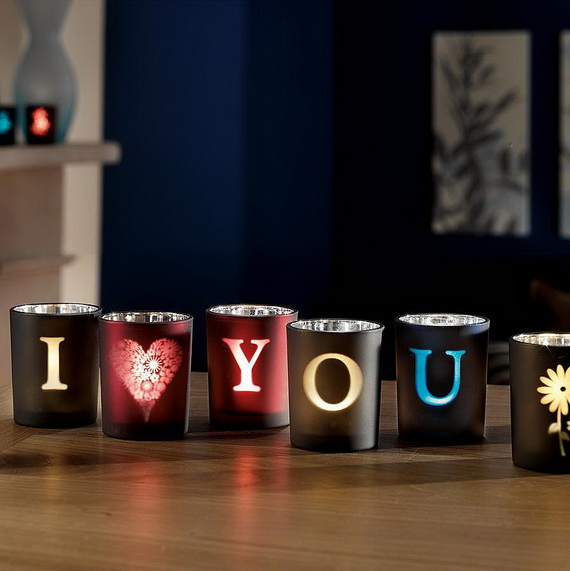 Beautiful Home Decorating Candles For Valentine's Day_35
