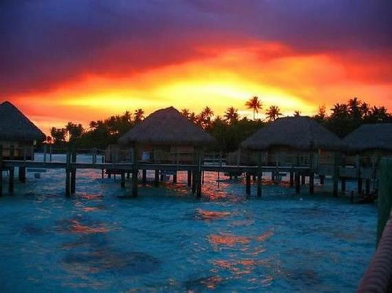 Best-Overwater-Bungalows-In-Tahiti-Le-Meridien-Bora-Bora-_02