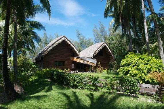 Best-Overwater-Bungalows-In-Tahiti-Le-Meridien-Bora-Bora-_30