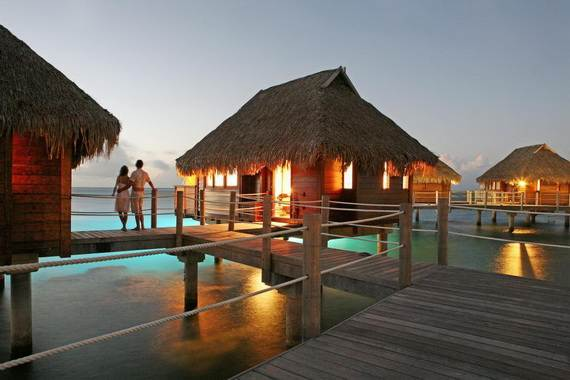Best-Overwater-Bungalows-In-Tahiti-Le-Meridien-Bora-Bora-_44