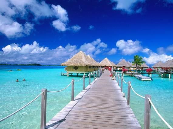 Best-Overwater-Bungalows-In-Tahiti-Le-Meridien-Bora-Bora-_53