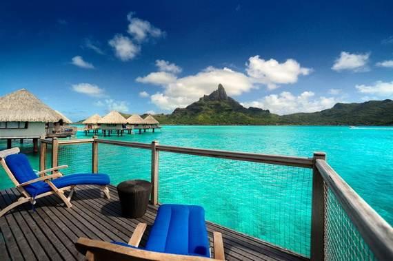 Best-Overwater-Bungalows-In-Tahiti-Le-Meridien-Bora-Bora-_61