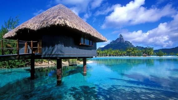 Best-Overwater-Bungalows-In-Tahiti-Le-Meridien-Bora-Bora-_63