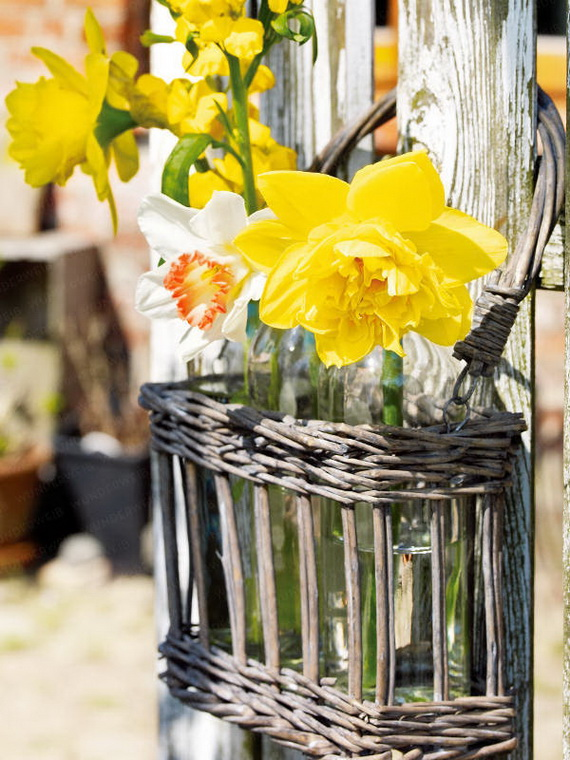 Inspired Yellow Spring Craft and Home Decor Ideas_36