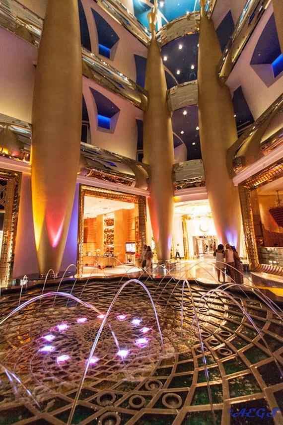Sneak Peek; The World's Most Luxurious Hotel Burj Al Arab Dubai, United Arab Emirates_03 (2)