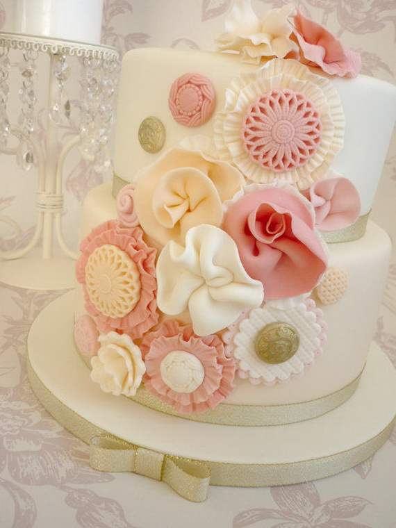 Spring-Cake-and-Cupcake-Decorating-Ideas-_39