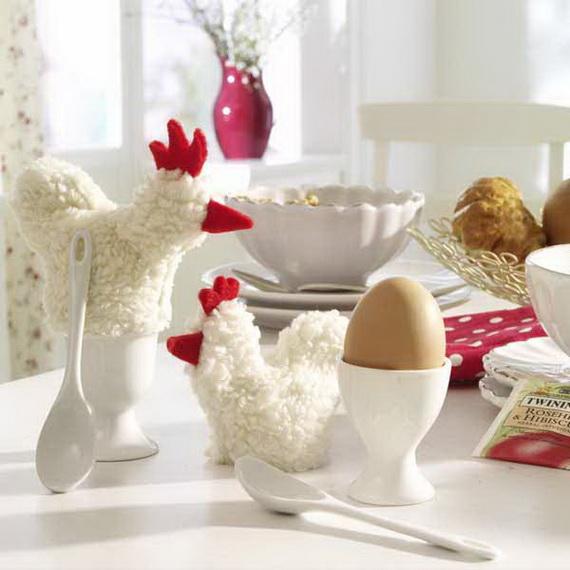 Tierische Ostern: Eierw?rmer aus Pl?sch