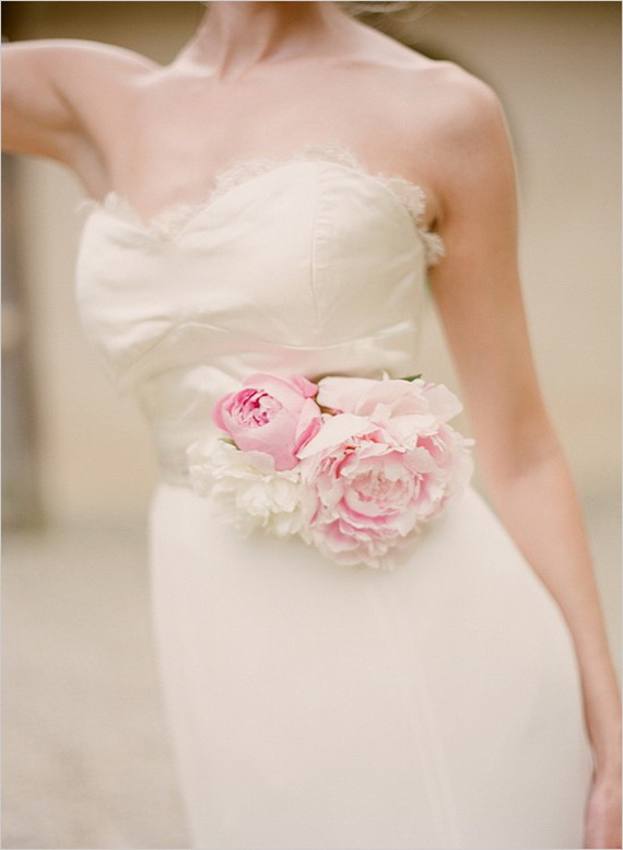 Unique Easter Wedding Inspirations And Ideas_21