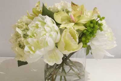 Stylish Spring and Easter 2014 Flower Arrangement Collections