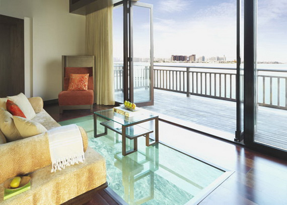 Anantara_Dubai_The_Palm_Resort_One_Bedroom_Over_Water_Villa_Glass_Viewing_Panel