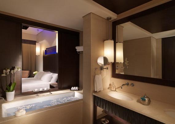 Anantara_Dubai_The_Palm_Resort_Premier_Lagoon_Bathroom