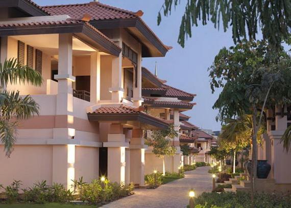 Anantara_Dubai_The_Palm_Resort_Resort_Walkways