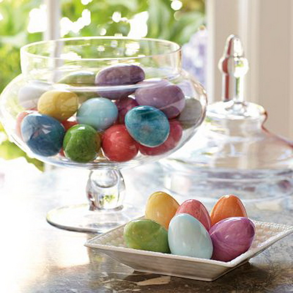 Creative Ways to Decorate With Easter Eggs_25