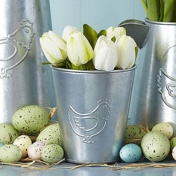 Creative Ways to Decorate With Easter Eggs_34