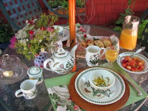 30-Cool-Mother's-Day-Tea-Table-Décor-Ideas_06
