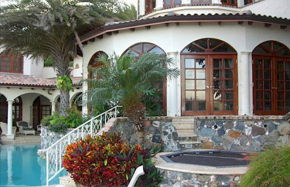 Exclusive La Susa Villa Promises The Most Luxurious Stay In St. John Island  (11)