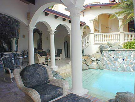 Exclusive La Susa Villa Promises The Most Luxurious Stay In St. John Island  (13)