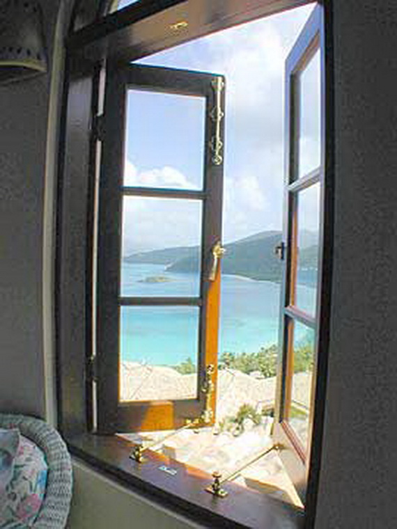 Exclusive La Susa Villa Promises The Most Luxurious Stay In St. John Island  (29)