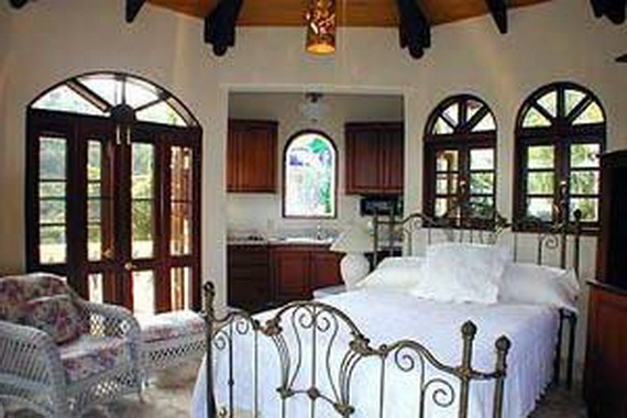 Exclusive La Susa Villa Promises The Most Luxurious Stay In St. John Island  (35)
