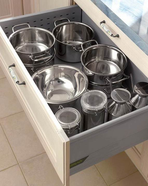 Gift-Your-Mom-A-Well-Organized-Kitchen-On-Mother-Day_21