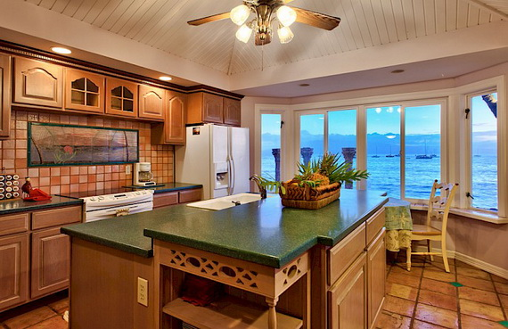 Jewel Of Hawaiian Lahaina Oceanfront Estate In Maui Offers Luxury At Its Best_15