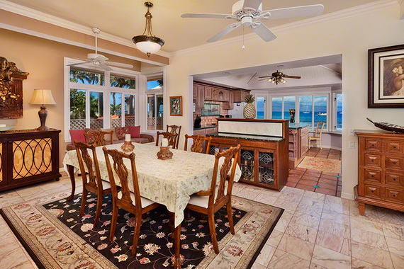 Jewel Of Hawaiian Lahaina Oceanfront Estate In Maui Offers Luxury At Its Best_31