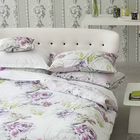 Modern-Bedding-Sets-and-Romantic-Ideas-for-Mothers-Day-Gift-_13-2