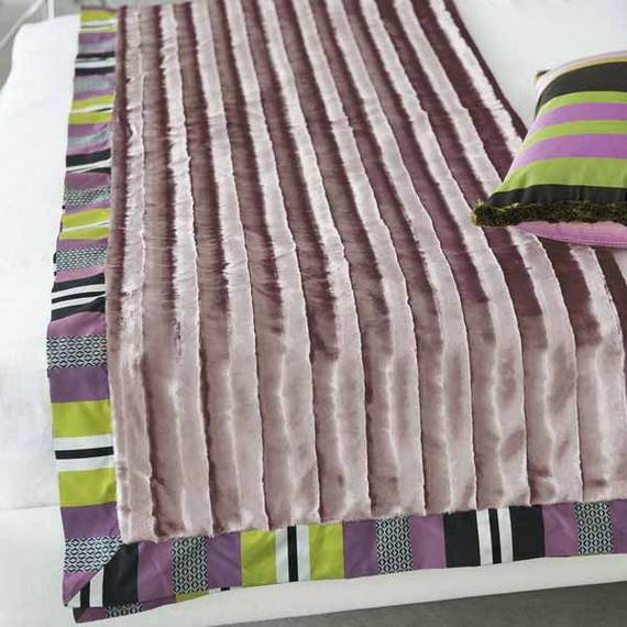Modern-Bedding-Sets-and-Romantic-Ideas-for-Mothers-Day-Gift-_14-2