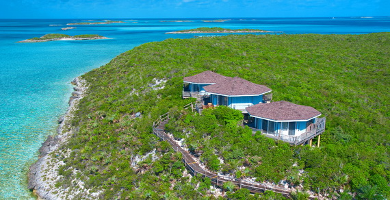 Romantic Getaway Review Starlight villa -Fowl Cay Resort in the Caribbean_02