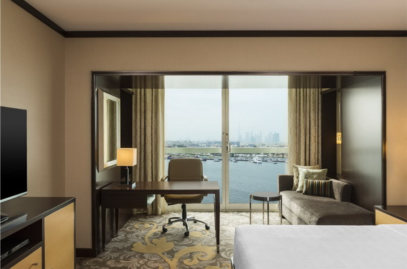 Spend A Luxury  Holiday In Sheraton Dubai Creek Hotel & Towers  _06 (2)