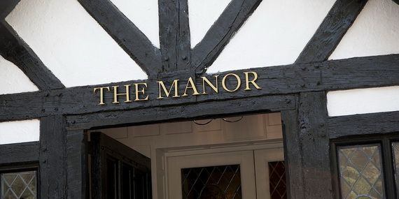 Discover The Manor Hotel Where Contemporary Luxury Finds Its Purest Form_03