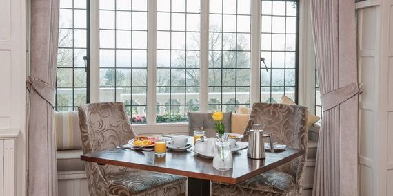 Discover The Manor Hotel Where Contemporary Luxury Finds Its Purest Form_15