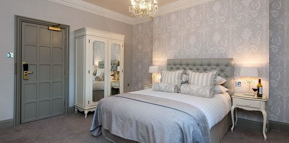 Discover The Manor Hotel Where Contemporary Luxury Finds Its Purest Form_20