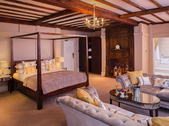 Discover The Manor Hotel Where Contemporary Luxury Finds Its Purest Form_48