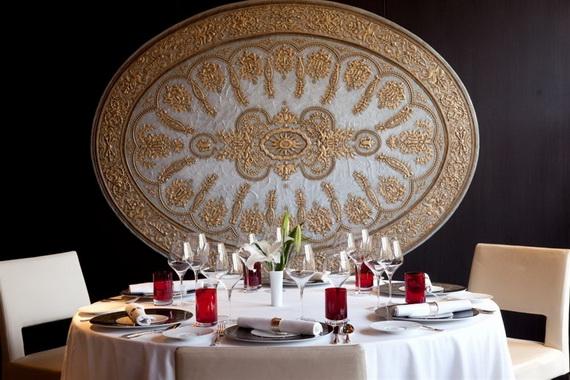 A Luxury Old World Charm in Center New Delhi Taj Mahal Hotel _12