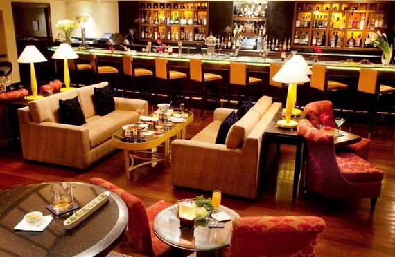 A Luxury Old World Charm in Center New Delhi Taj Mahal Hotel _14