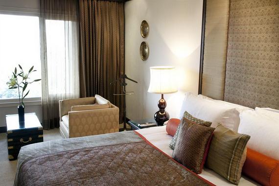 A Luxury Old World Charm in Center New Delhi Taj Mahal Hotel _16