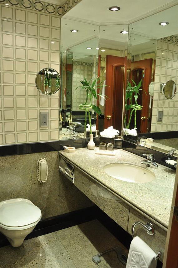A Luxury Old World Charm in Center New Delhi Taj Mahal Hotel _17