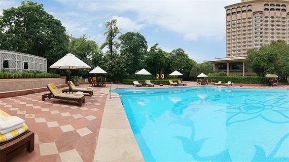 A Luxury Old World Charm in Center New Delhi Taj Mahal Hotel _26