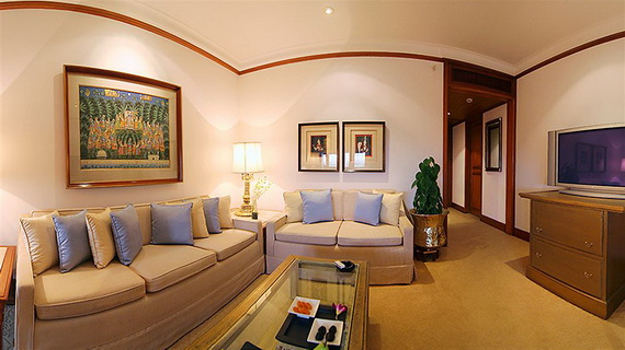 A Luxury Old World Charm in Center New Delhi Taj Mahal Hotel _28