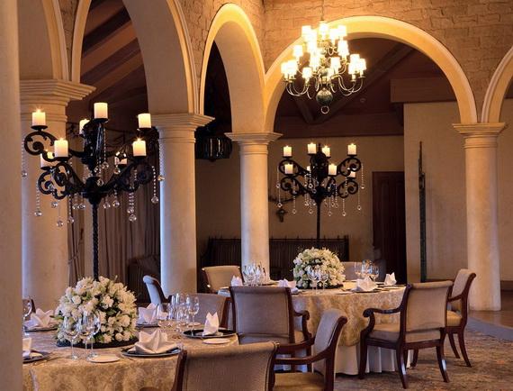 A Luxury Old World Charm in Center New Delhi Taj Mahal Hotel _35