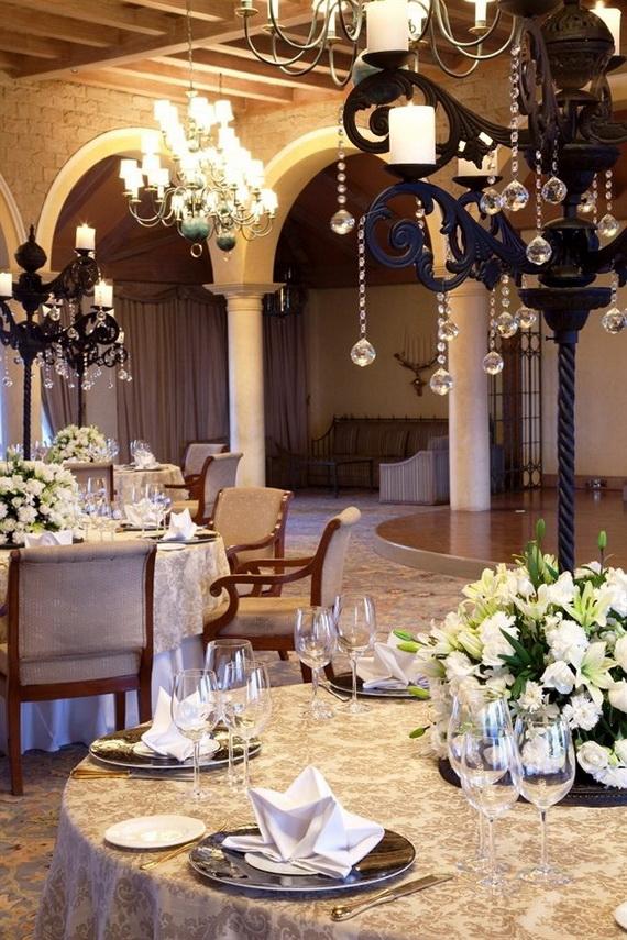 A Luxury Old World Charm in Center New Delhi Taj Mahal Hotel _37