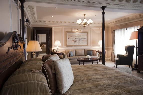 A Luxury Old World Charm in Center New Delhi Taj Mahal Hotel _56