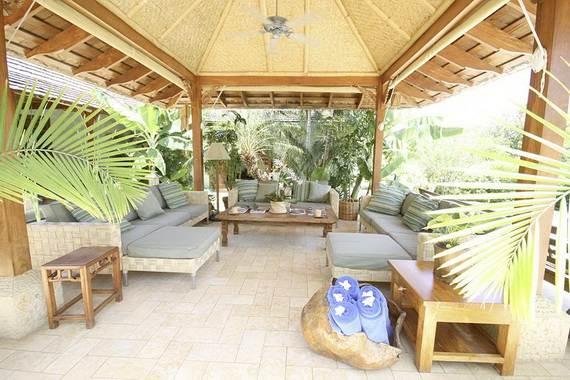 amazing-beachfront-rental-villa-with-panoramic-views-in-jamaica_10