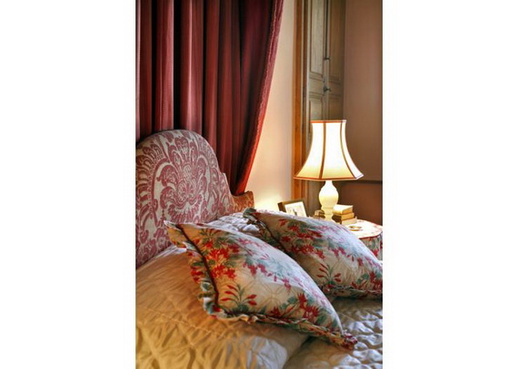 C18th Burgundy Chateau a Charming Hotel in Bourgogne France_11