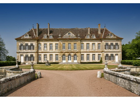 C18th Burgundy Chateau a Charming Hotel in Bourgogne France_25
