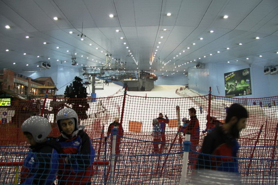 Unbelievable Family Holiday in Dubai (Ski Dubai)_3